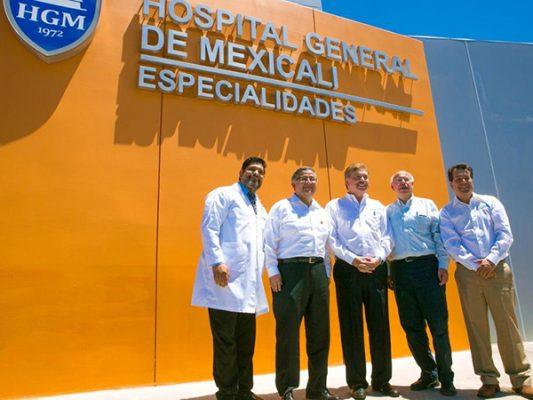 Inauguran Narro y Kiko edificios de Salud en Mexicali