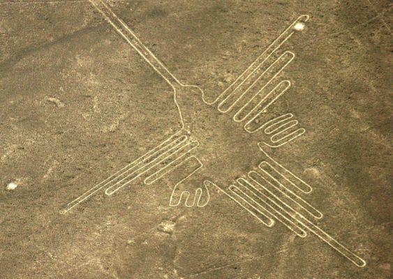 Condenan a activista por dañar geoglifos de más de 2.000 años de antigüedad