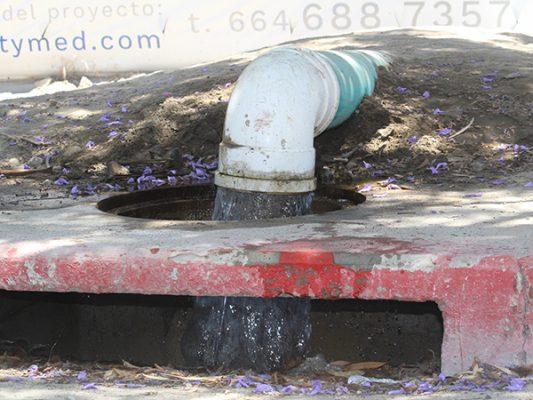 Deben reusar  agua que tira New City al pluvial