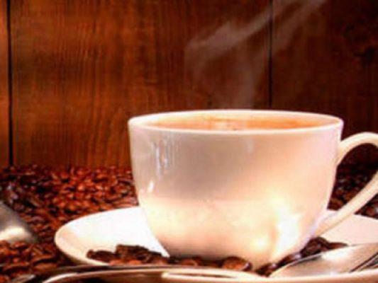 Consumo de café ayudaría a prevenir cáncer de hígado