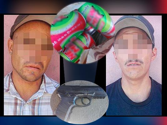 Capturan a presuntos responsables de robo a tienda de conveniencia