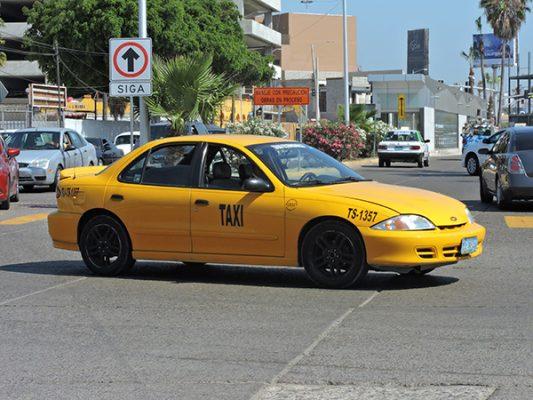 Revocarán 27 permisos de  taxis amarillos