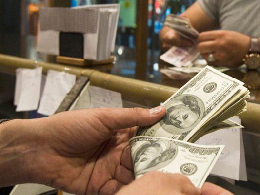 TLC podría abrir cuentas en dólares, hoy restringidas