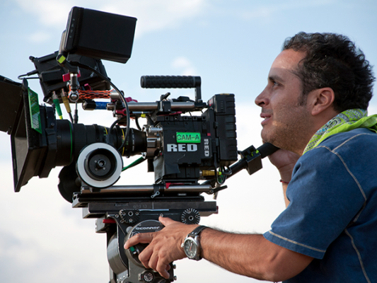 Gustavo Loza genera sus propios proyectos