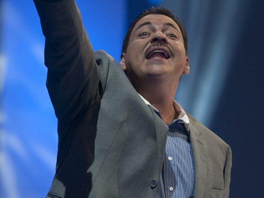 JULIO  PRECIADO cantará en las fiestas patrias