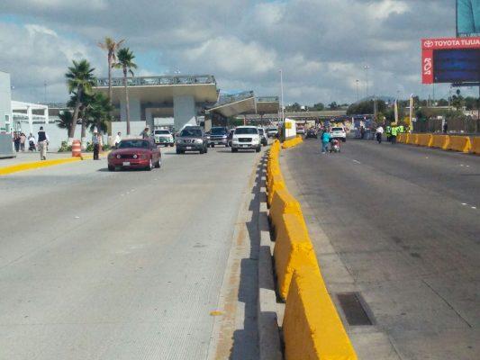 Fluido tránsito hacia México por Otay