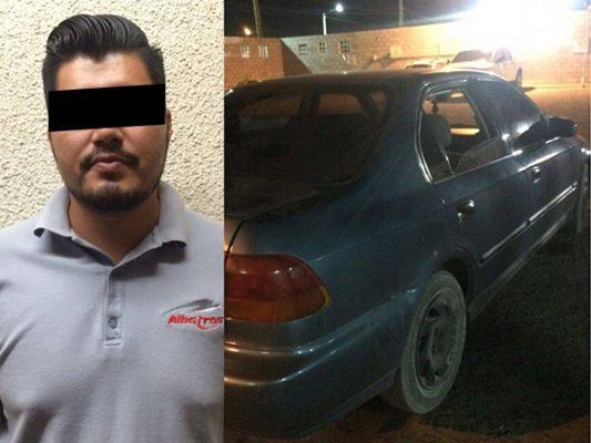 Cae joven con auto robado que compró por Facebook