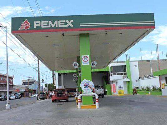 Caen 12% ventas de gasolina