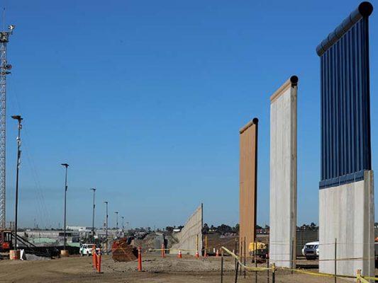 Al muro le falta la batalla política