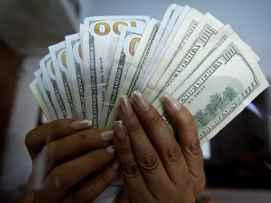 Dólar llegaría a 19 pesos en próximos días