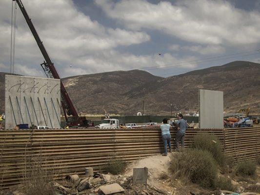 México alista debate para frenar el muro