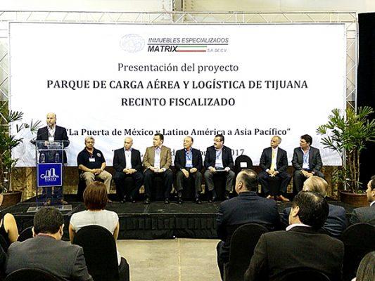 Tijuana abrirá puente aéreo de carga con el Pacífico en 2018