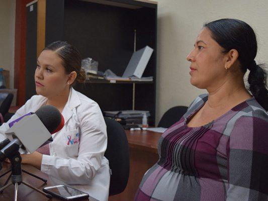 Brindan asesoría psicológica a mujeres con cáncer
