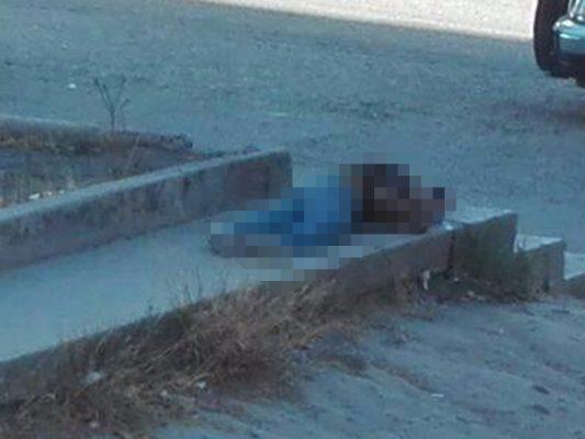 Un muerto en infonavit Cachanillas y mujer llega lesionada a Cruz Roja