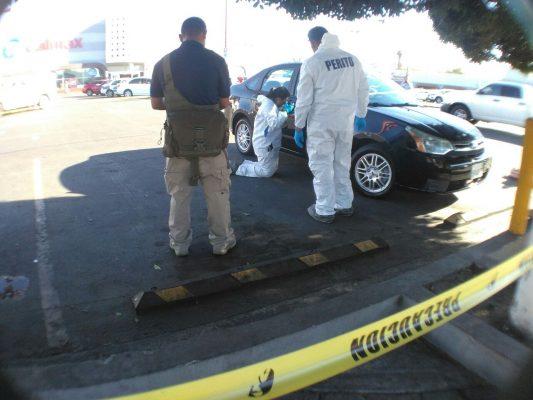 [Video] Recuperan vehículo; al parecer fue utilizado para cometer un delito