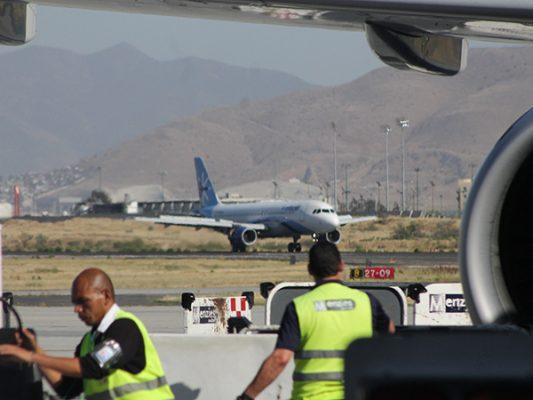 Aeropuerto contempla más vuelos y un hotel