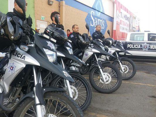 Refuerzan a Policía Municipal con patrullas, uniformes y herramientas
