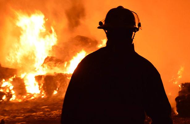 Adulto mayor pierde la vida en incendio