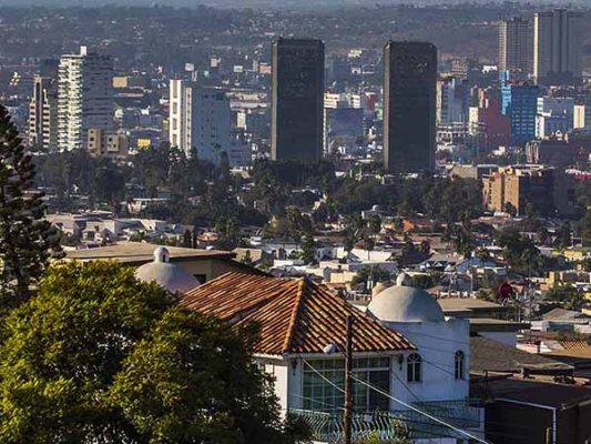 Alerta Protección Civil por la llegada de más vientos de Santa Ana
