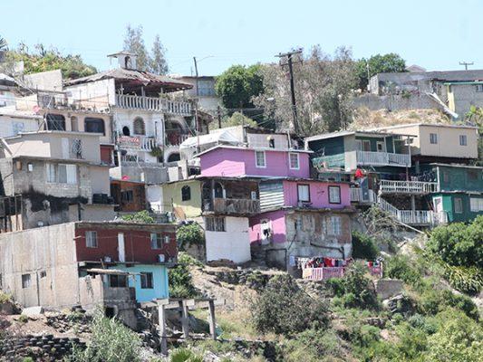 28 mil  personas viven en zonas de riesgo