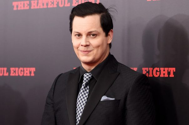 Jack White revela nuevo sencillo Connected by love