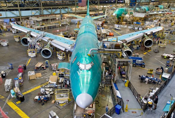 2.3 billones  de dólares exportó sector aeroespacial