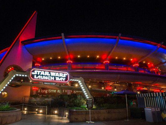Disneyland Resort consiente a los residentes del sur de California
