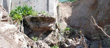 Inminente colapso de casas en San Antonio del Mar