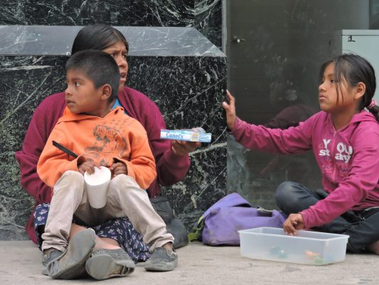 36 mil niños laboran en BC