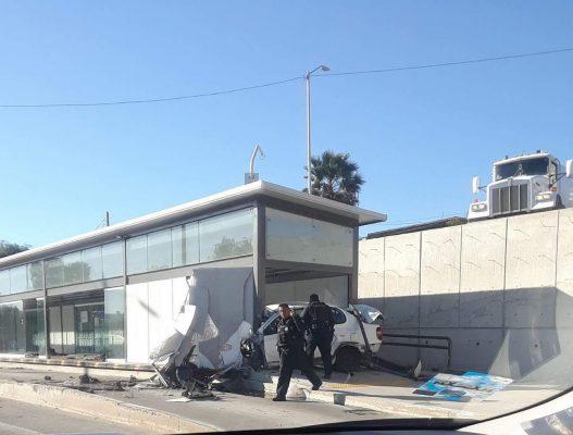 Muere sujeto al estamparse en estación del SITT y atropella a usuario [FOTOS y VIDEO]