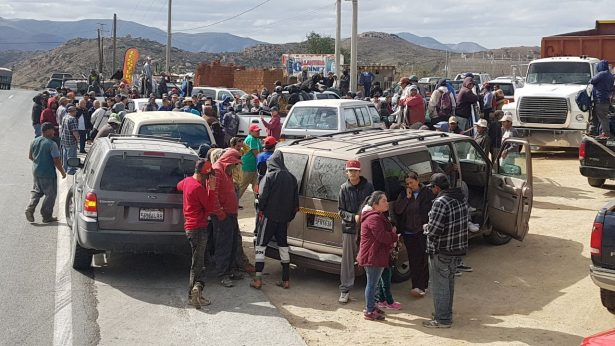 Bloquean relleno sanitario de Tecate