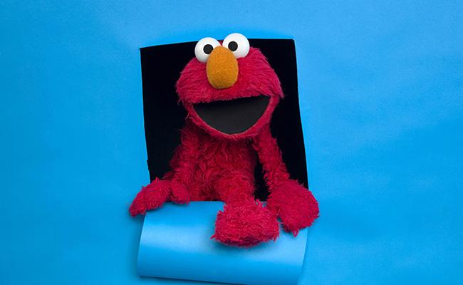 Elmo, despedido por falta de presupuesto