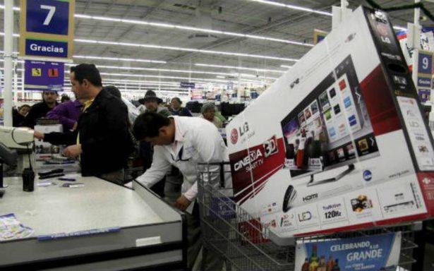 Confianza del consumidor repunta en noviembre, suma cuatro meses con alza anual