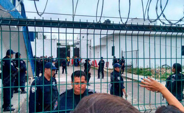 Controlan riña en penal de Chetumal por traslado de reos; hay un herido