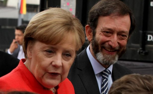 Visita  Merkel  el Pop up tour