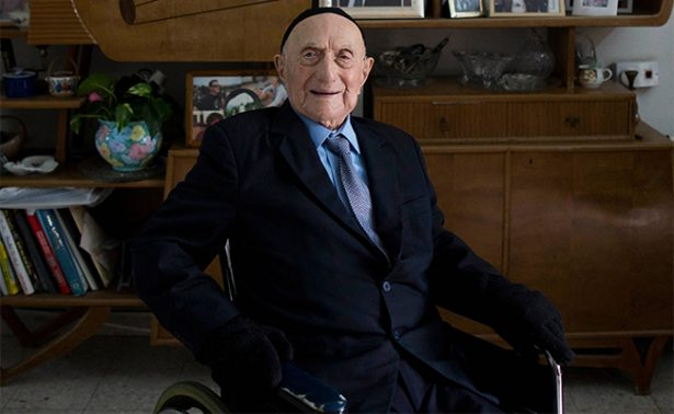 Fallece el hombre más viejo del mundo; había sobrevivido al Holocausto
