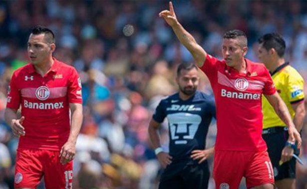 Toluca derrota a Pumas y se mantiene como líder del Clausura 2017