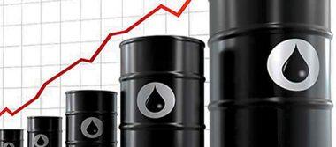 Precios del crudo global han impulsado al peso frente al dólar, consideran analistas financieros