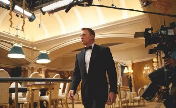 Daniel Craig sí va por otra cinta de James Bond