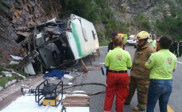 Accidente de autobús en NL deja cuatro muertos
