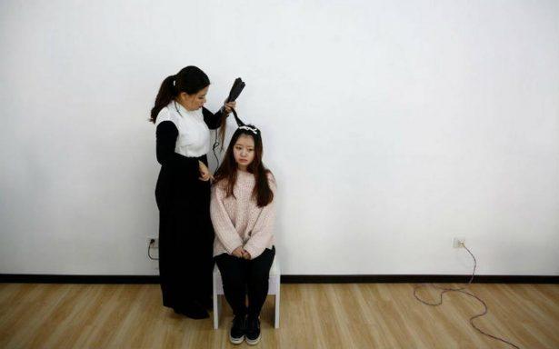 """Limpiar más y y hablar menos. El polémico """"curso de moral para mujeres"""" en China"""