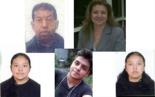 Ejecutan y encobijan a familia en Tultepec
