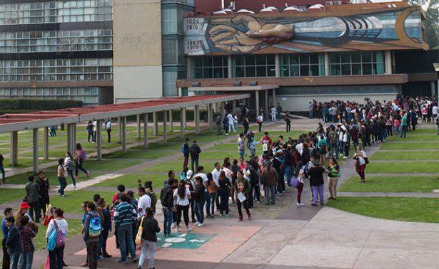 Padres exigen transparencia e injerencia de la CDNH en caso Comipems-UNAM