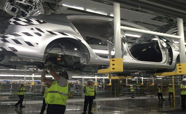 Crecen las exportaciones de autos hacia los EU un 18.3 por ciento anualmente