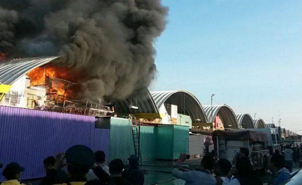 Saldo blanco tras incendio en la Central de Abasto de Iztapalapa
