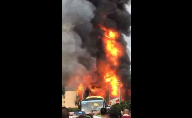 Explosión en gasoducto de China deja al menos ocho muertos y 35 heridos