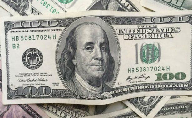 Bancos de la capital metropolitana venden dólar hasta en 18.16 pesos
