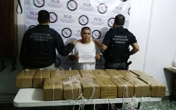 Confiscan 160 kilos de marihuana ocultos en camión en Tapachula