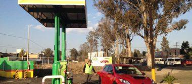 Ante gasolinazo, aditivos de etanol subirán un peso el litro