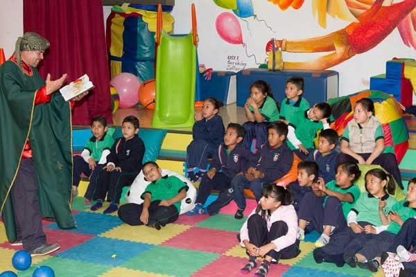 Festeja Biblioteca Central Día de los Reyes Magos